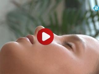 Aurahealing documentaire - 2 clienten ondergaan de auratouch technieken